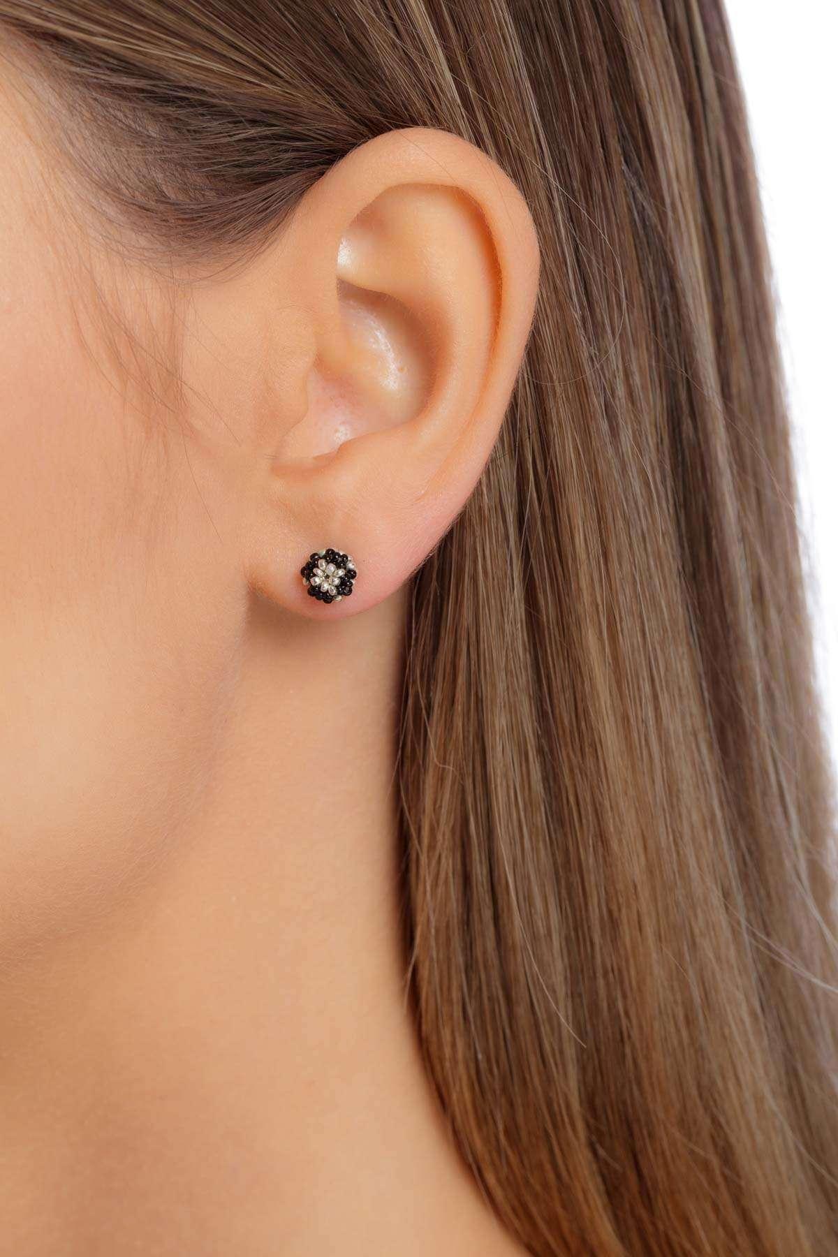 004-aretes-kuu-ichipe-plata-cristal-negro-alt1
